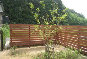 天然木、ウリン材フェンスとアールの壁、、山陽小野田市 Y邸