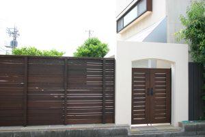 アイアンウッドで目隠しフェンス、門扉も、、Y邸-1