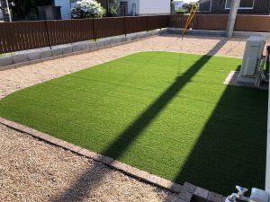 美しい!高機能・人工芝で1年中 心地良く! ガーデン工事 宇部市K様邸